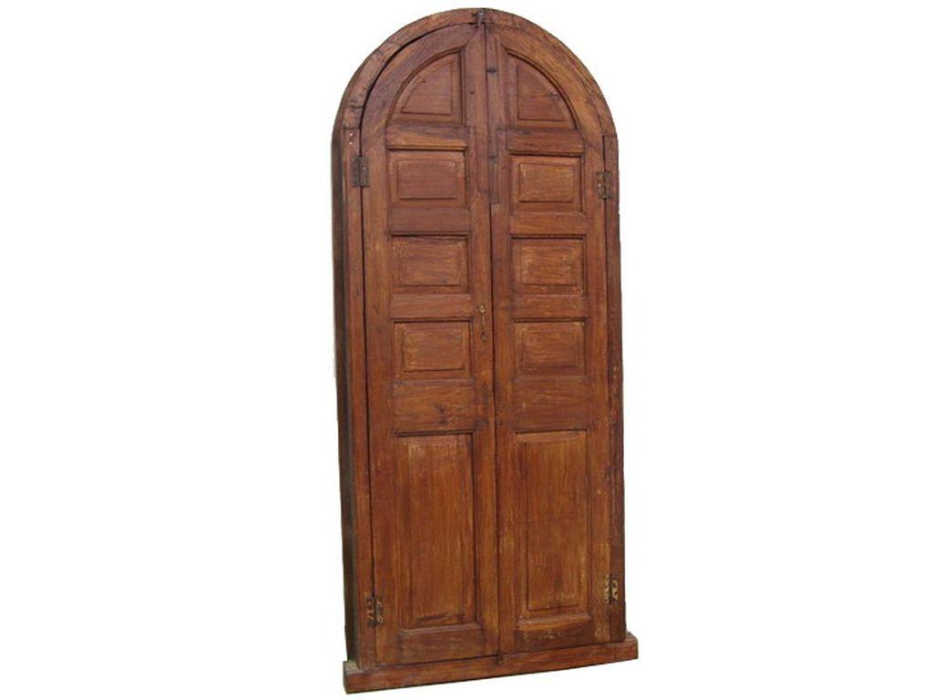 Puerta antigua con arco campoloco muebles y for Decoracion con puertas antiguas