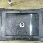 lavabo de piedra natural negro