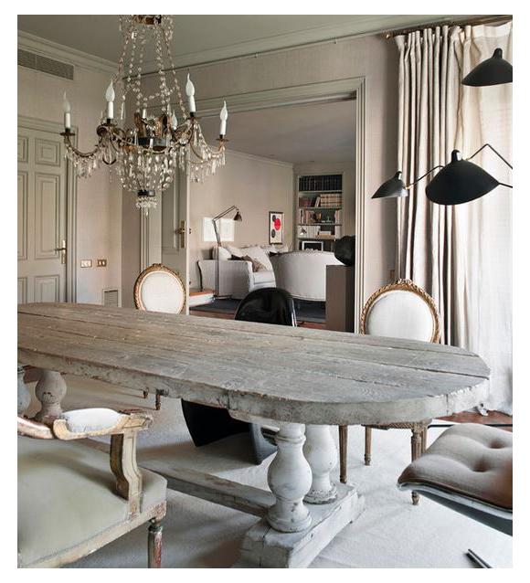 mesa de comedor grande antigua