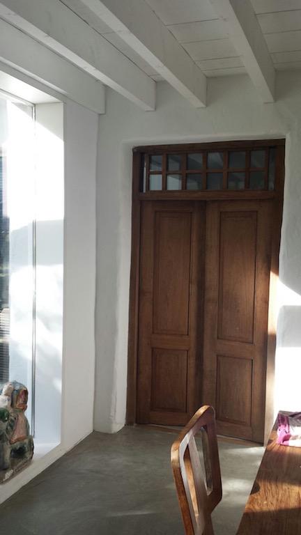 puerta antigua de teca